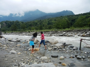 This was such a lovely beginning to our stay in Manali. The girls still talk about the fun they had.